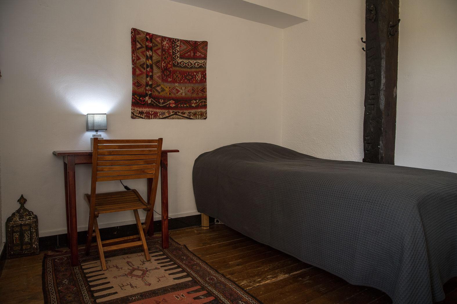 6-Private Room