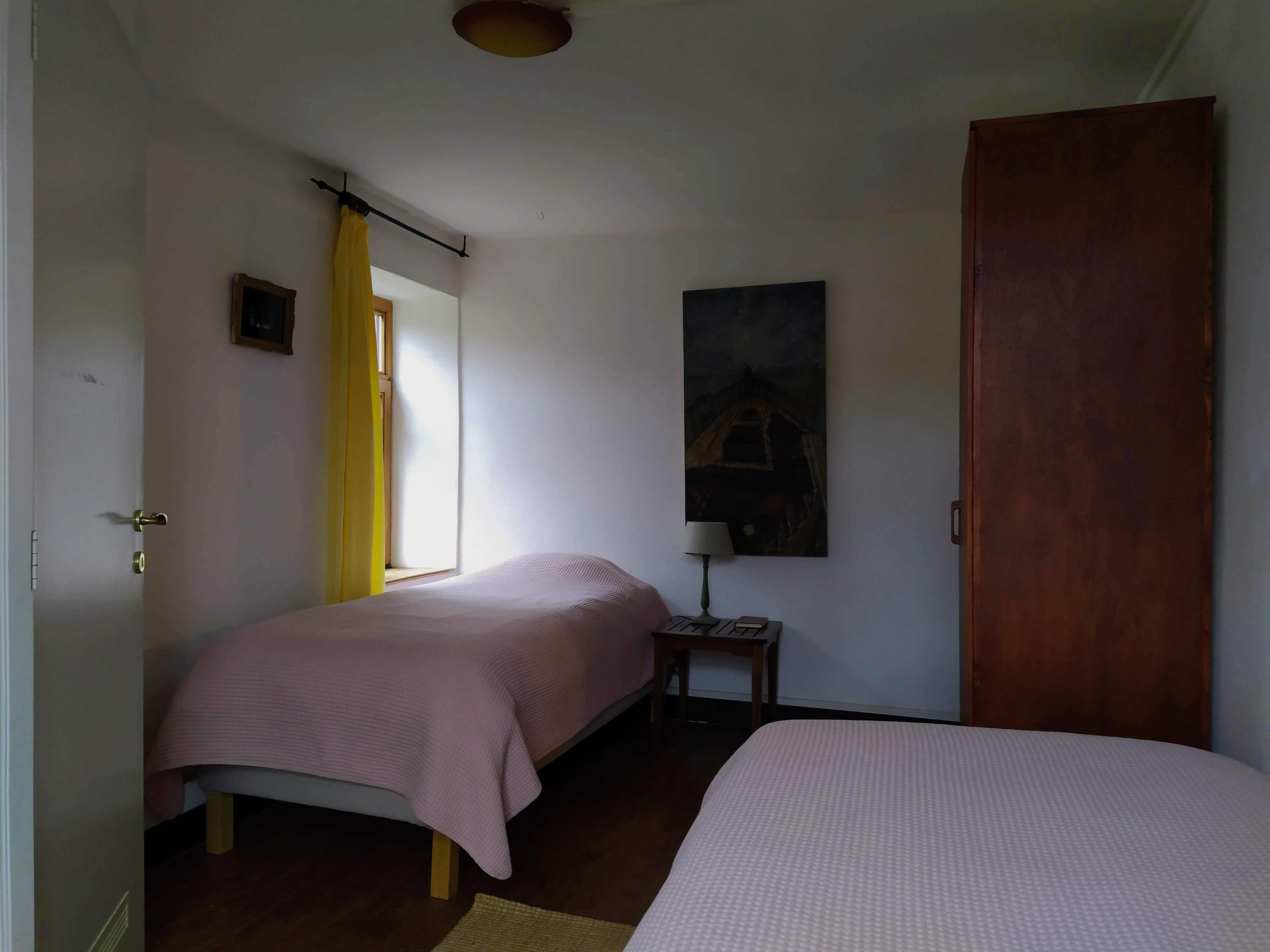 Dormitory for men (or couple) with a private shower (2-persons bedroom)